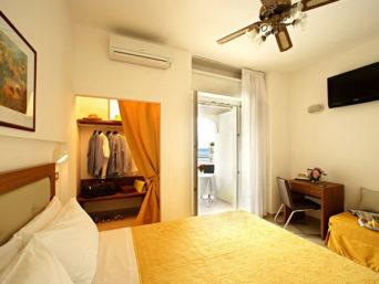 Hotel Mediterraneo & Suites Cattolica